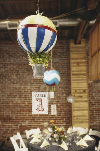 diy-hotair-balloons-centerpieces-6