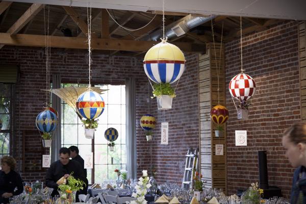 diy-hotair-balloons-centerpieces-8