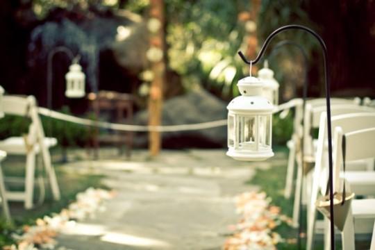 wedding-ceremony-lanterns-600x400