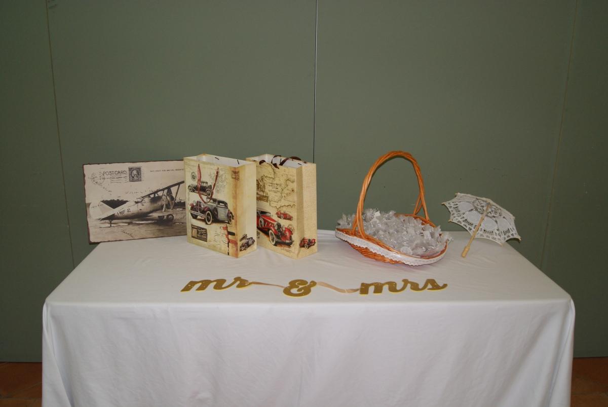 Mesa regalos mi boda diy for Ideas para decorar una boda