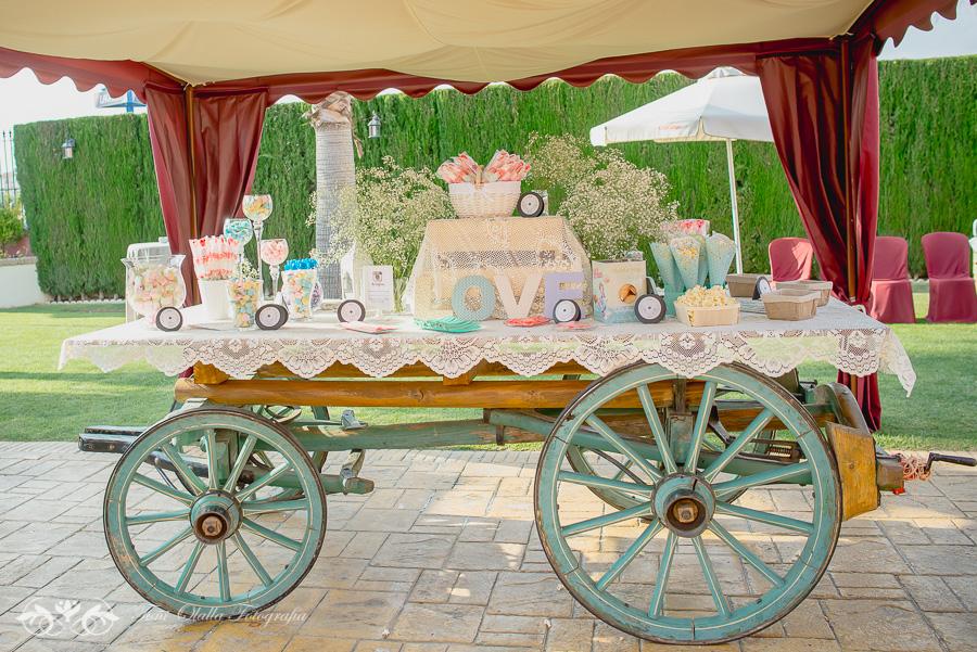 El photocall y candy bar de la boda de nati y abel mi for Photocall boda vintage